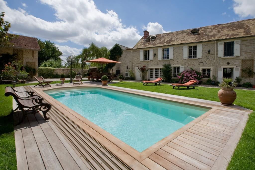 Une jolie piscine